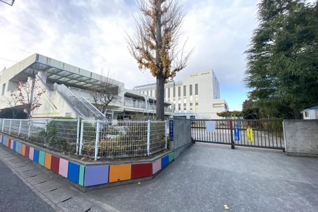 浦安市立南小学校 (徒歩5分 約400m)